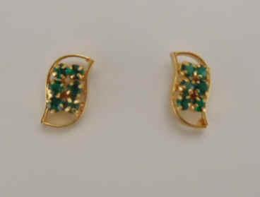 White Stone 1gm Gold Earrings Us 30 Pair Code Eg 501 Green