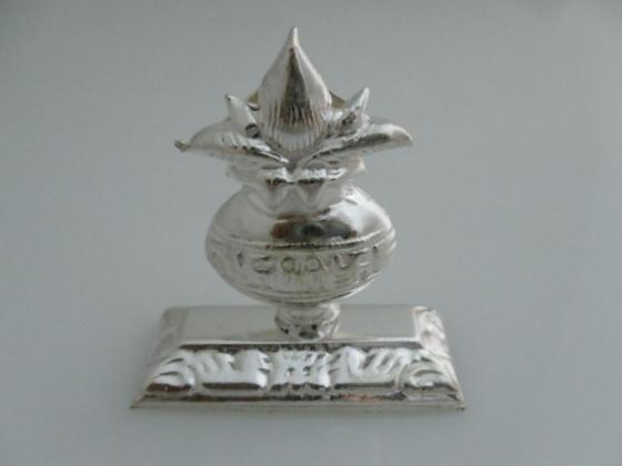 White Metal Return Gifts Kumkum Holders